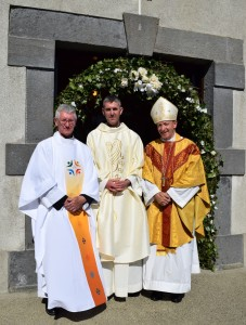 Fr. Liam O'Donovan SAC with his uncle Fr. Pat Dwyer SAC and Bishop Alphonsus Cullinan